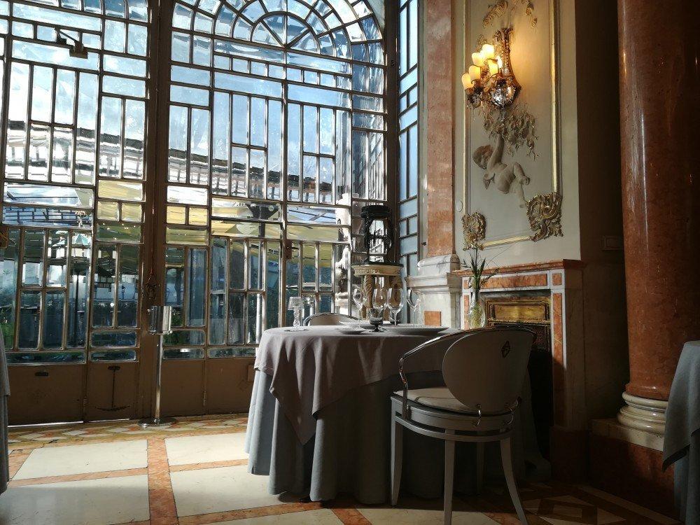 Ristorante enoteca la torre a roma un esperienza unica - Ristorante con tavoli all aperto roma ...
