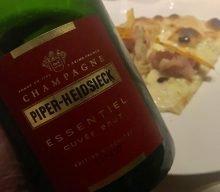 Pizza e Champagne al Rosapetra di Cortina d'Ampezzo