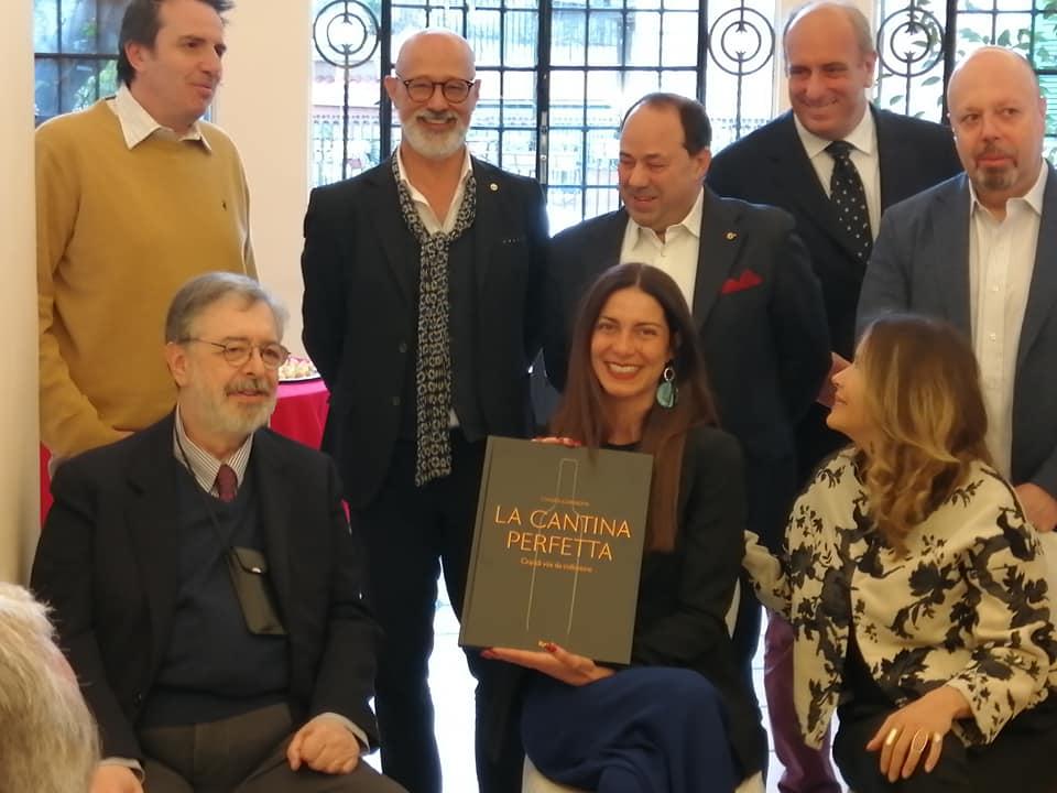 Chiara Giannotti con Daniele Cernilli, Riccardo Viscardi, Luciano Mallozzi, Massimo Troiani, Andrea Ansuini, Alberto Lupetti, Simona Sparaco.