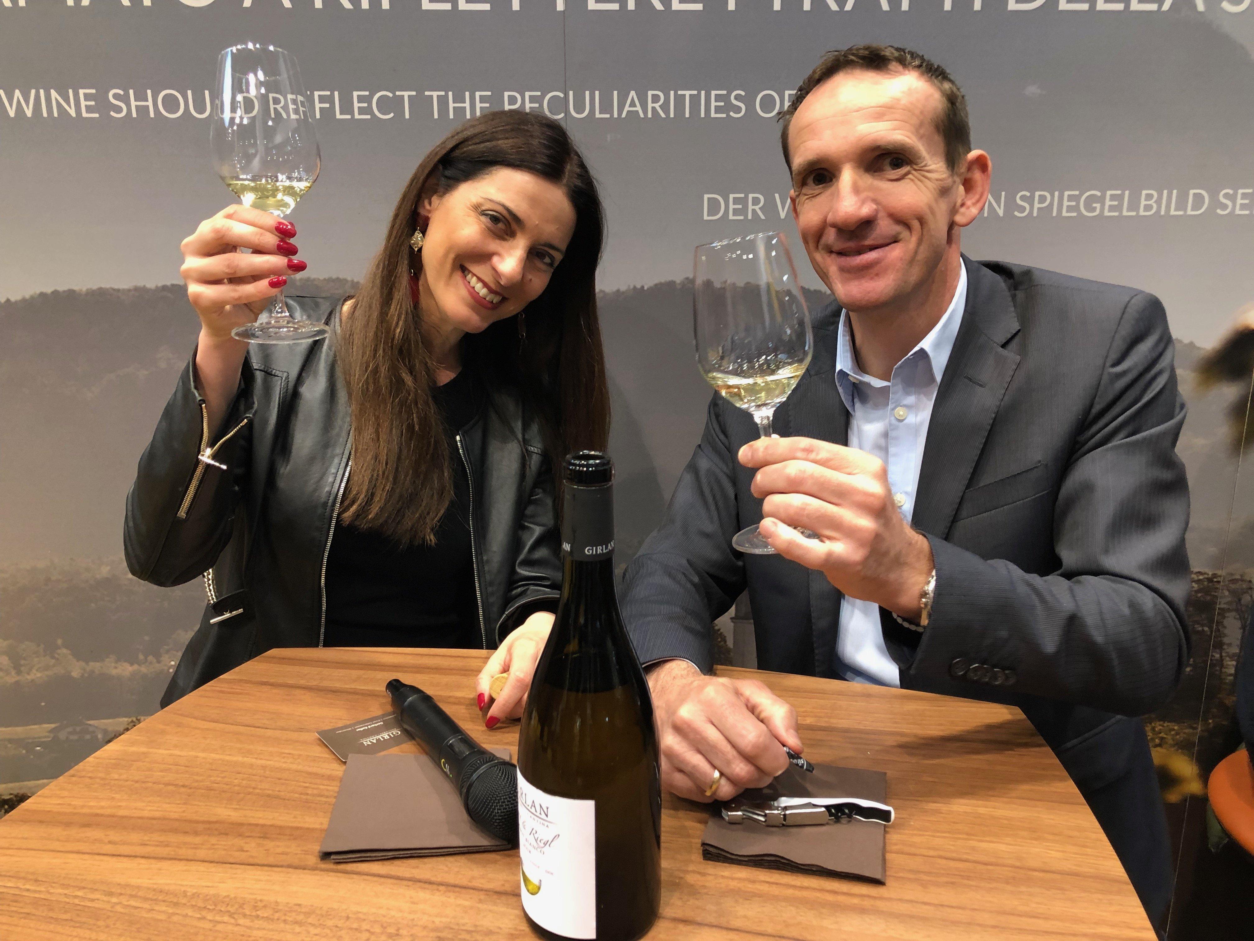 Chiara Giannotti e Gerhard Kofler (enologo Girlan)