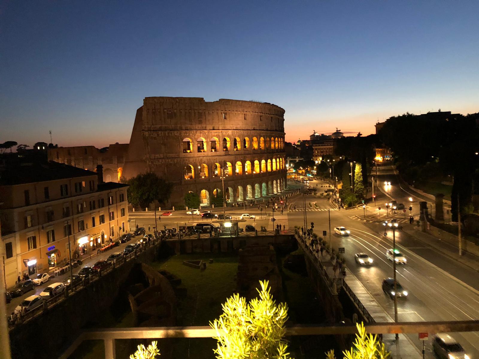 La vista sul Colosseo