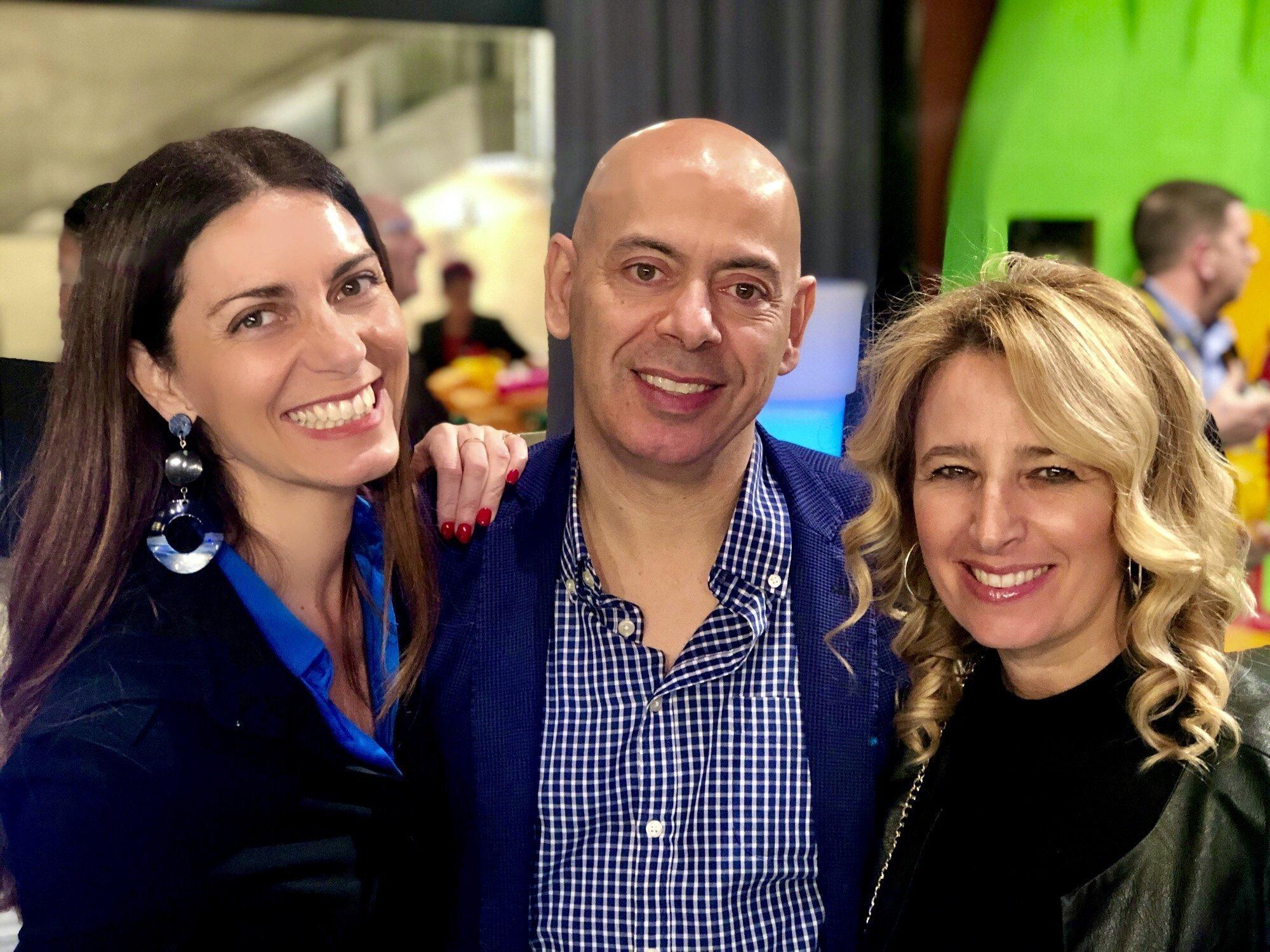 Chiara Giannotti con Fabio Carnevali e Belinda Bortolan, responsabili dell'Ufficio Stampa di Luca Maroni