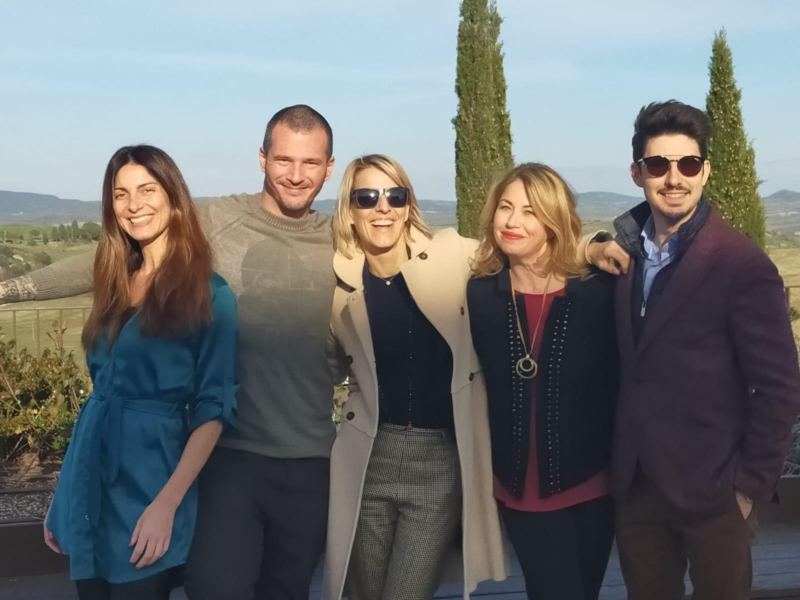 Chiara Giannotti Vino.Tv, Adriano Amoretti di Cantina Social, Giulia Dirindelli e Teresa Caniato di GD Comunicazione, Emanuele Trono di Enoblogger